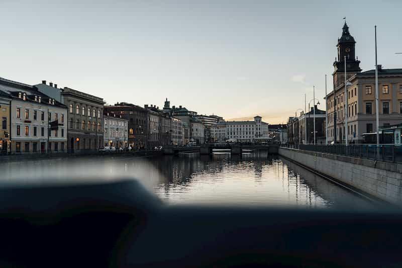 Canal-en-el-centro-de-gotemburgo