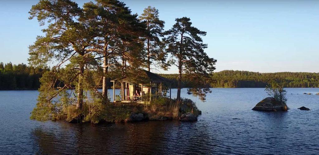 ramoa-isla-privada-en-el-lago-suecia